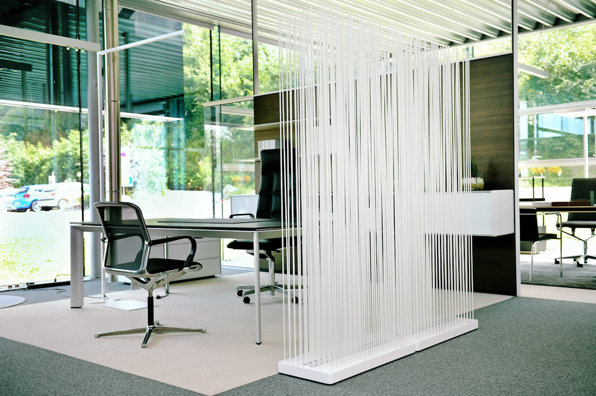 Superbe Office Privacy Screen